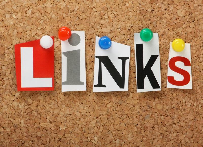 コルクボードにLinksの文字をピン留めした写真