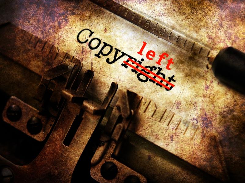 タイプライターで打たれたCopyrightのrightの部分が打ち消され、leftの文字の写真
