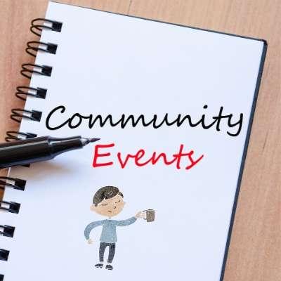 ノートにCommunity Eventsの文字と、ペン