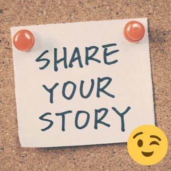 """メッセージボードに、""""share your story""""のメモ書きの写真"""